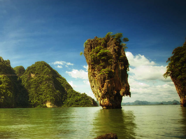 Jame Bond Island Tour Photo #5